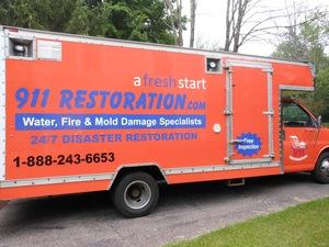 911 Restoration water damage truck